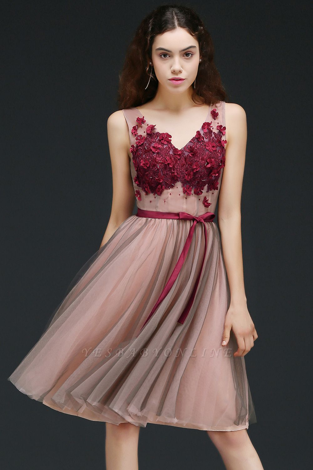 Princess V-neck Knee-length Tulle Homecoming Dress with a Self-tie Belt