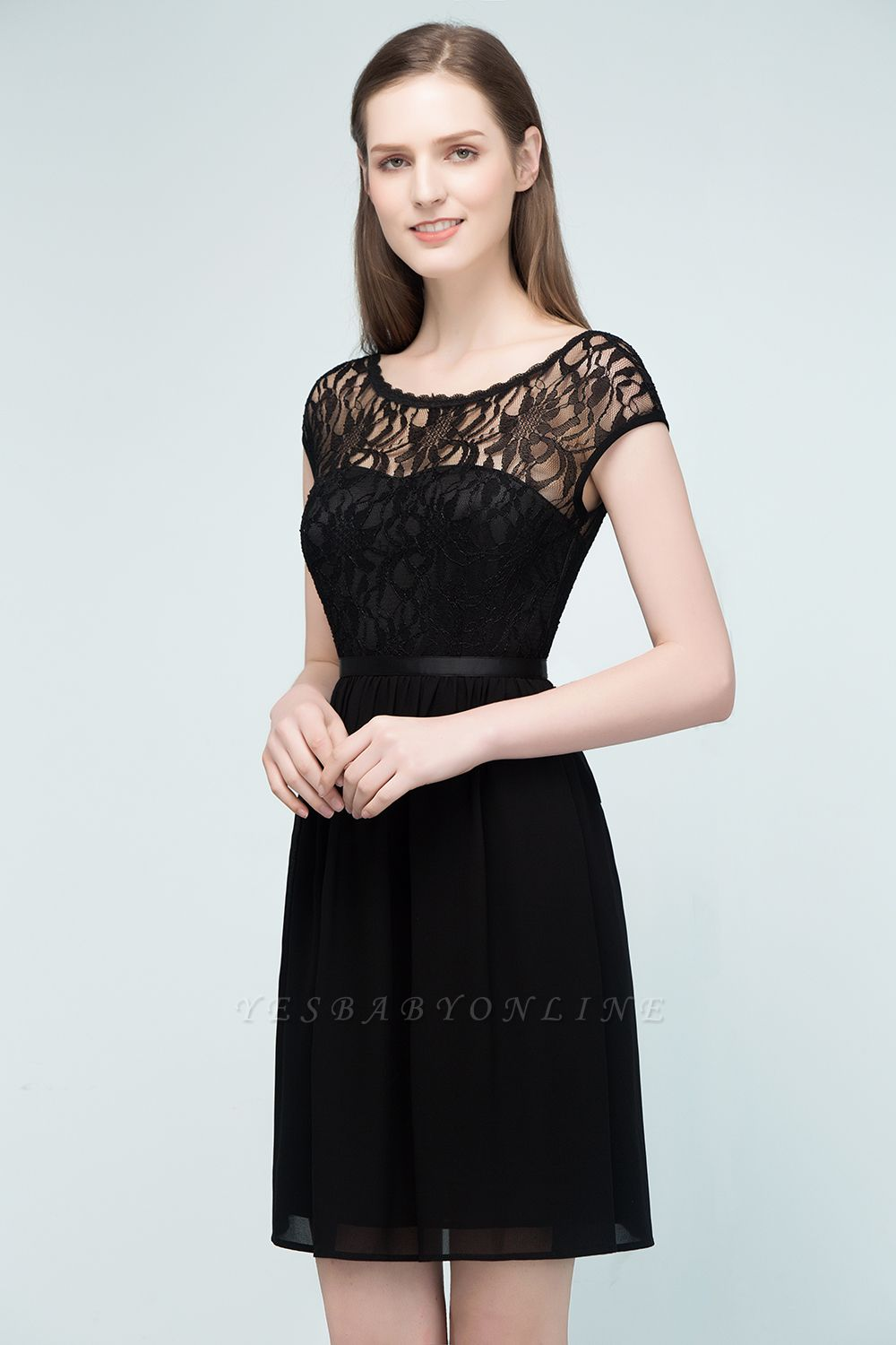 Cheap A-line Short Scoop Lace Top Chiffon Bridesmaid Dress in Stock