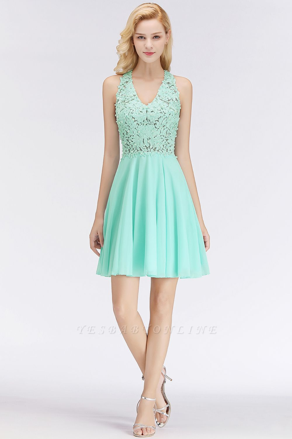 Cheap A-line V-neck Sleeveless Short Appliques Chiffon Homecoming Dress in Stock