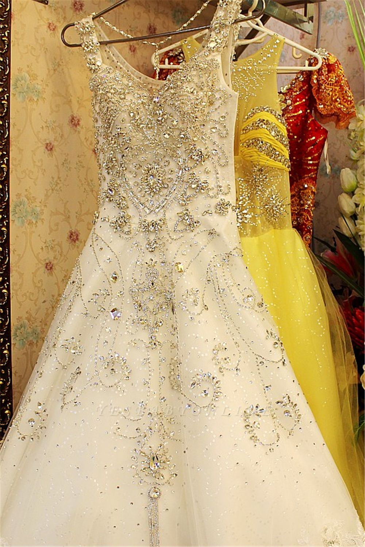 Court Train V-neck Sleeveless Crystal Beaded Wedding Dresses