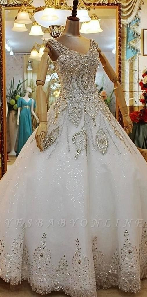 Beaded Lace Appliques Wedding Dresses   Court Train Sleeveless Bridal Gowns
