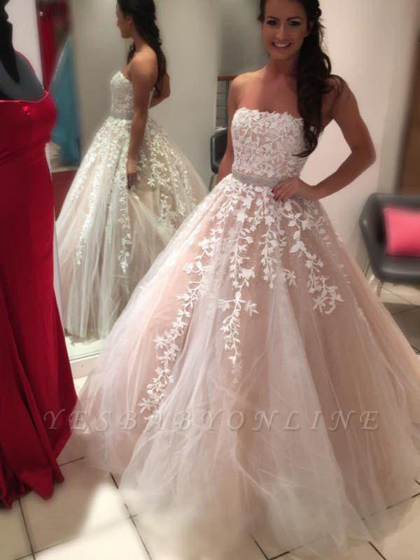 Charming Court Train Strapless Sleeveless Tulle Puffy Applique Wedding Dresses