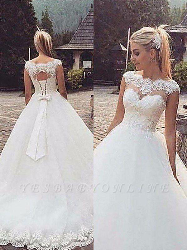 Tulle Puffy Bateau Lace Sleeveless Wedding Dresses