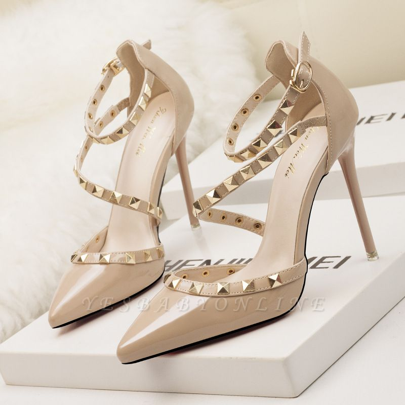 Fashion Pionted Toe High Heel Buckle Wedding Shoes with Rivets