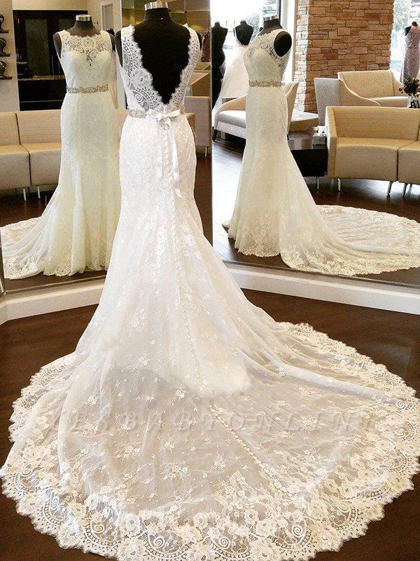 Sleek Chapel Train Scoop Sleeveless Column Lace Wedding Dresses with Bowknot