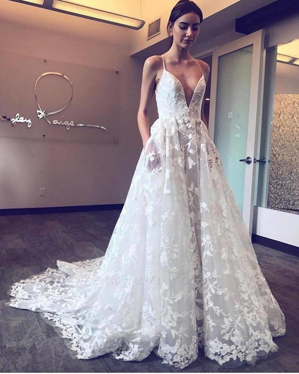 Gorgeous V-Neck Spaghetti Straps Tulle Applique Wedding Dresses