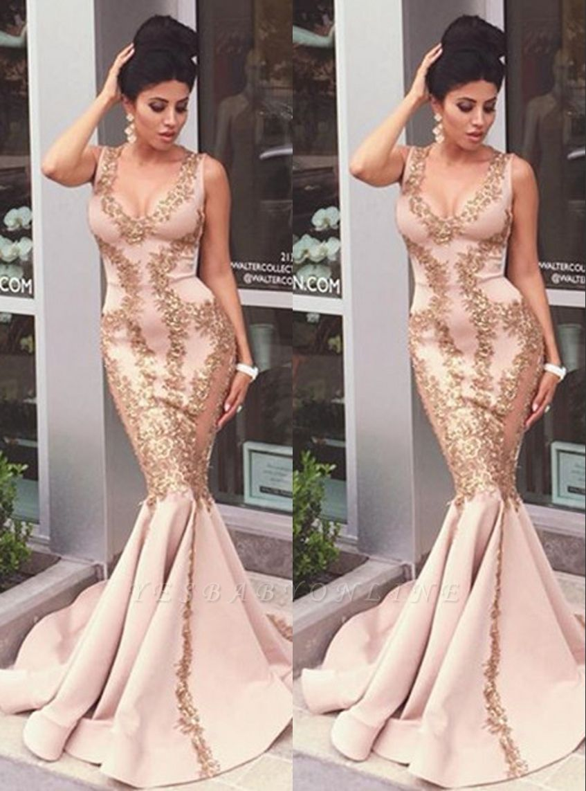 Sexy Pearl Pink Prom Dresses Gold Lace Appliques V-Neck Mermaid Evening Gowns