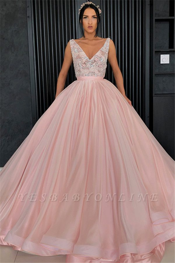 Elegant V-Neck Sleeveless Appliques Ball Gown Prom Dress