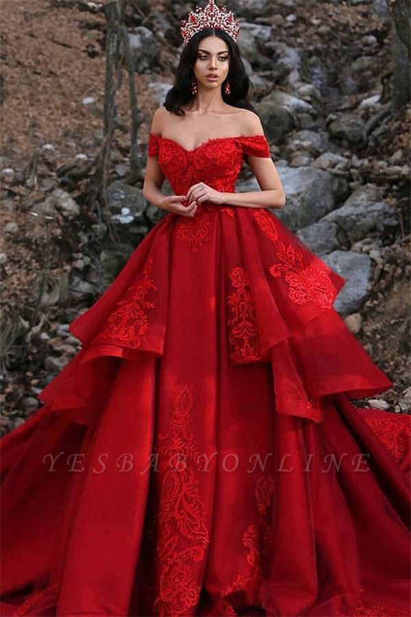 Charming Off-the-Shoulder Ball Gown Sleeveless Appliques Prom Dress