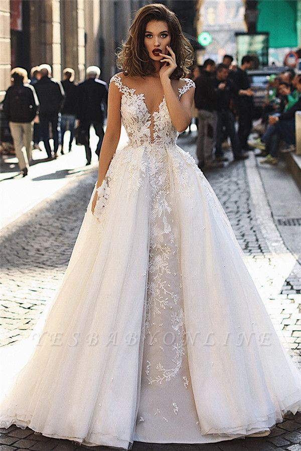 Stunning Ball Gown Tulle Cap-Sleeves V-Neck Appliques Wedding Dresses