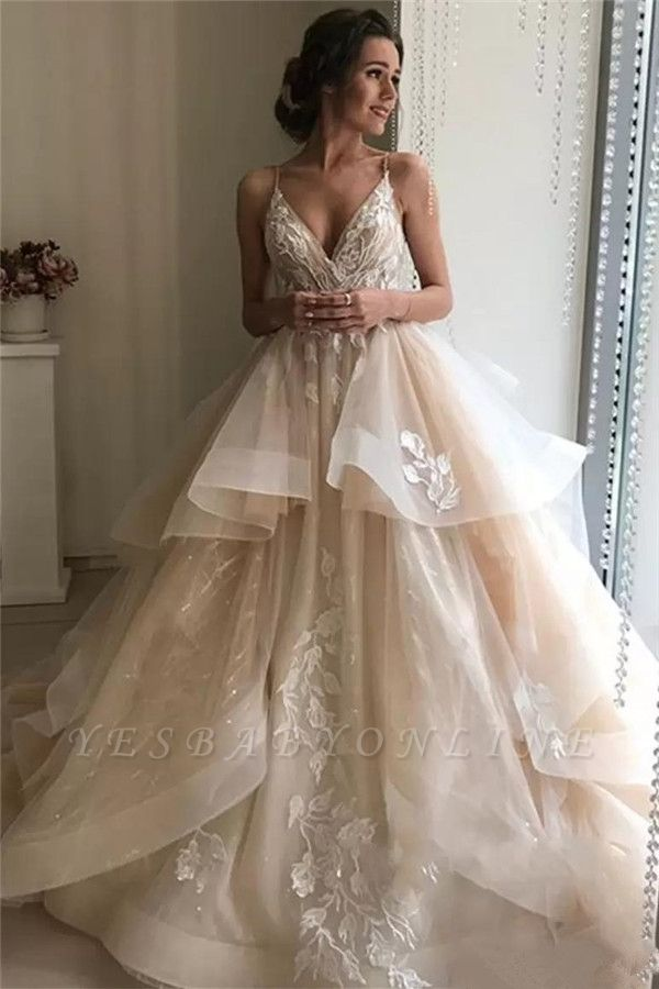 Spaghetti-Strap Sleeveless Backless Floral Appliques Wedding Dresses