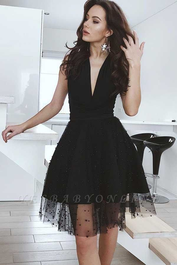 Tulle Deep-V-Neck Sleeveless Sexy Black Homecoming Dress