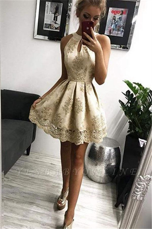 Elegant Halter Sleeveless Short Homecoming Dresses with Appliques