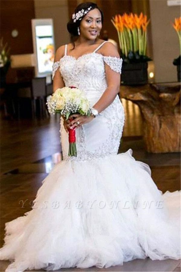 Glamorous Cap-Sleeve Appliques Plus-Size Lace Mermaid Wedding Dress