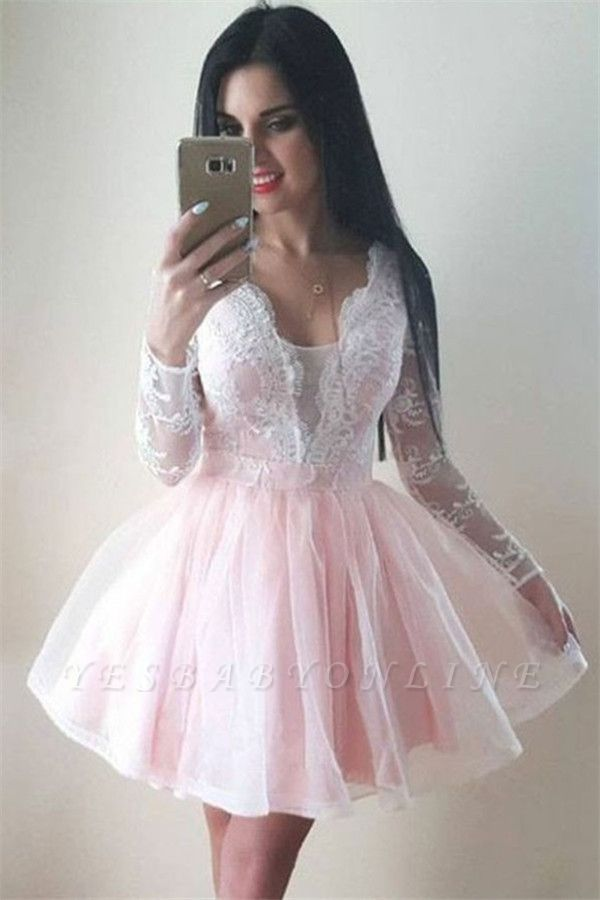 Long-Sleeves Tulle Lace V-Neck Homecoming Dress