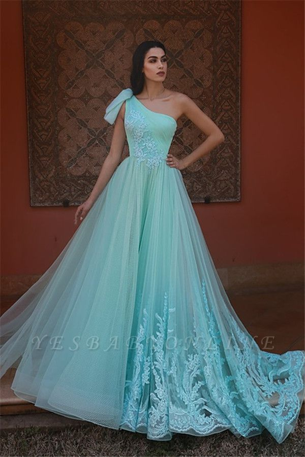 Exquisite One-Shoulder Appliques Long Evening Dress