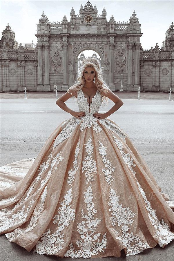 Seductive Deep-V-Neck Ball Gown Appliques Wedding Dress