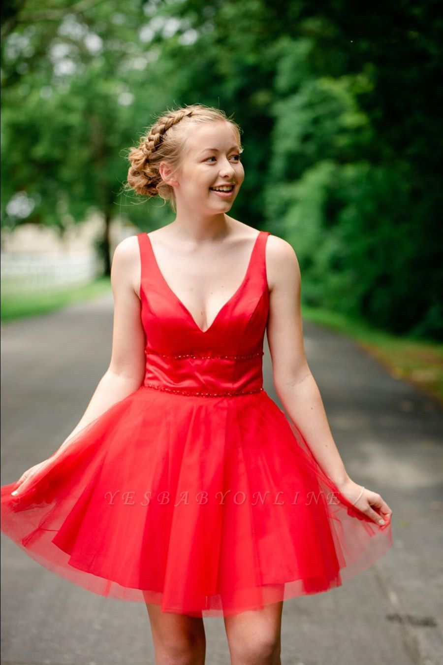 Simple V Neck Straps Red Homecoming Dress | A Line Tulle Sleeveless Beading Short Cocktail Dress