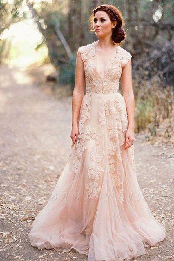 Elegant Tulle  Sleeveless Sweep Train Applique V-neck Wedding Dresses