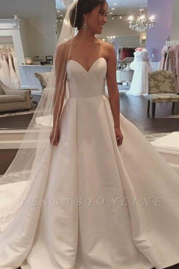 Alluring Court Train Puffy Sweetheart Sleeveless Satin Wedding Dresses