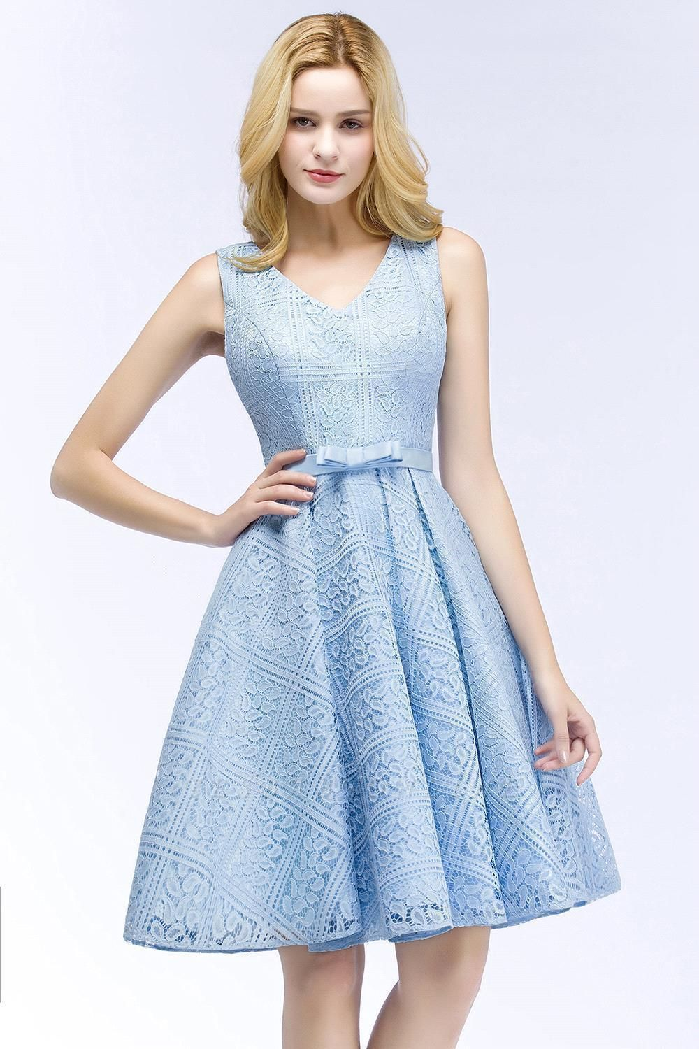 Lovely A-line Lace Knee-Length Homecoming Dress On Sale