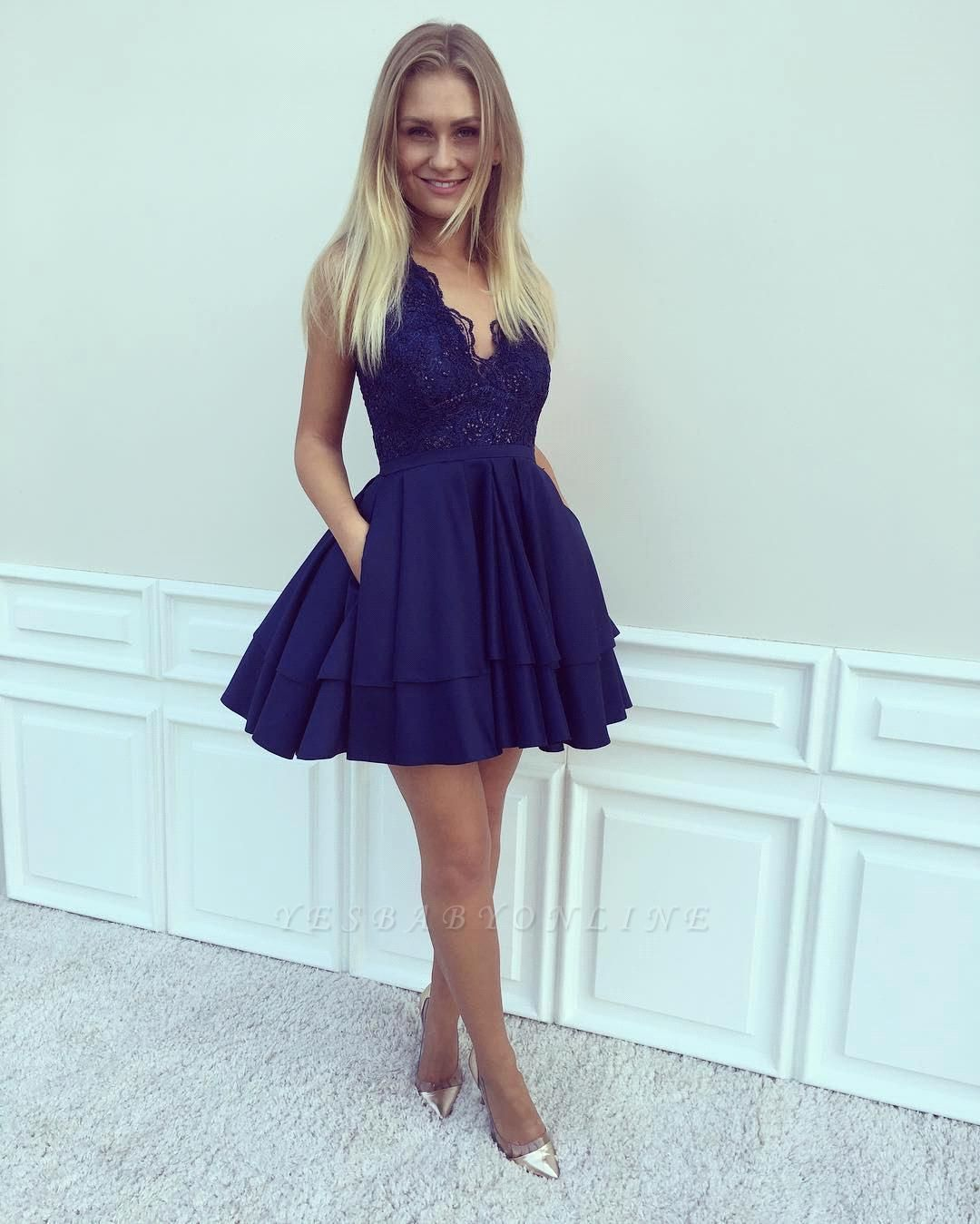2019 Blue Homecoming Dresses V-Neck Sleeveless Layers Skirt with Pockets Cocktail Dress