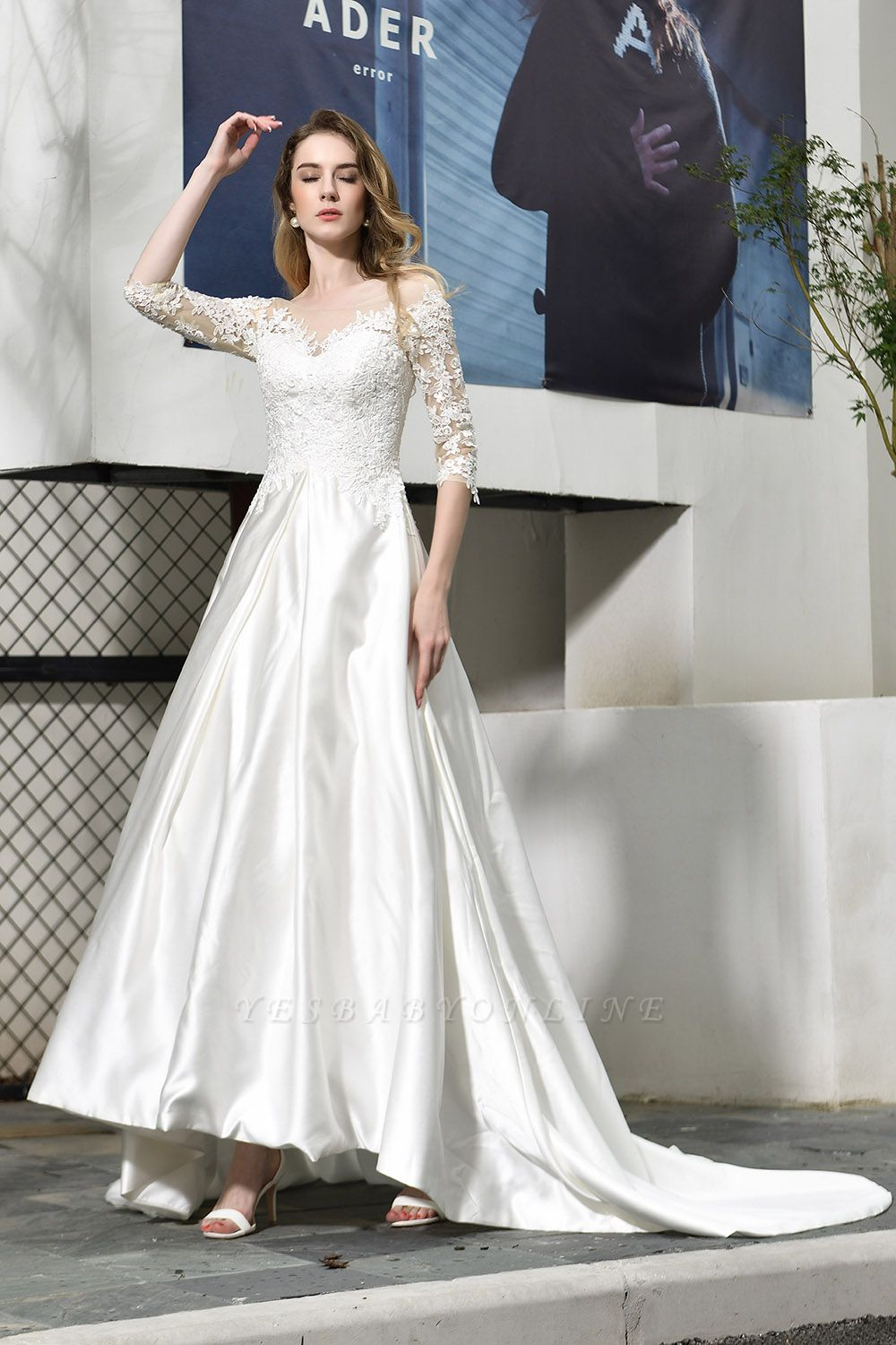 Cheap Lace Half Sleeves V Neck Wedding Gowns Satin with Train
