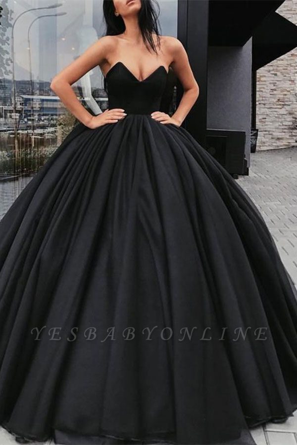 Sweetheart Sleeveless Ball-Gown Black Sexy Prom Dresses