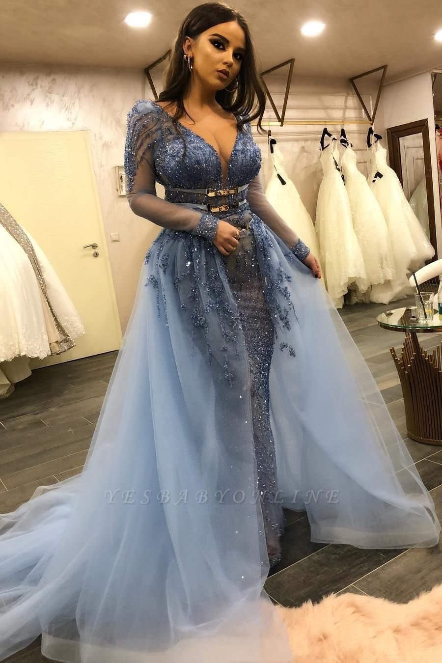 Gorgeous V-neck Long Sleeves Fitted Prom Dresses with Detachable Train