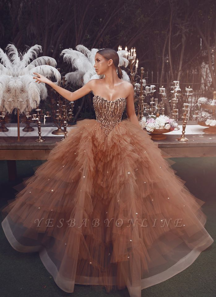 Gorgeous Strapless Sweetheart Tulle Ball Gown Champagne Prom Dresses