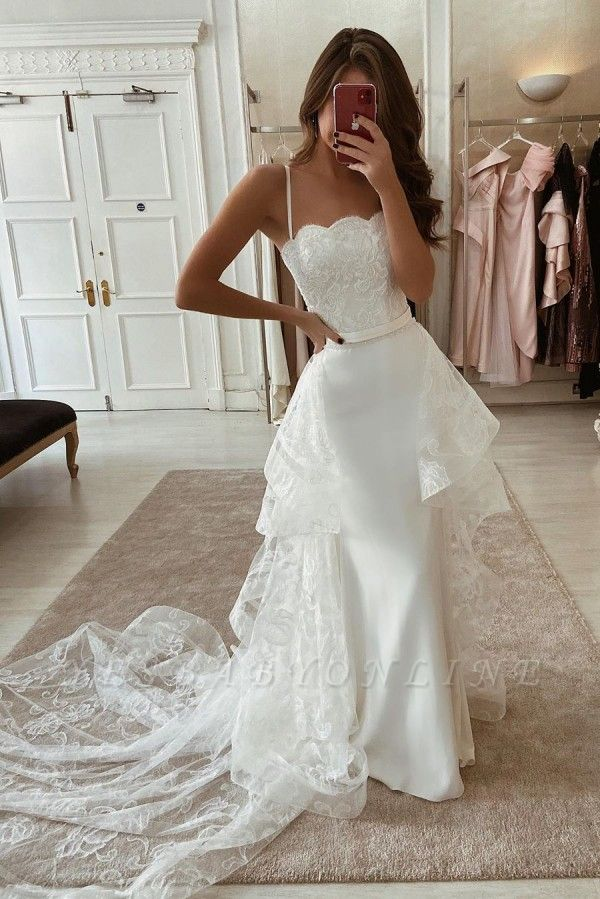 Spaghetti Straps Form-fitting Lace Wedding Dresses With Detachable Skirts