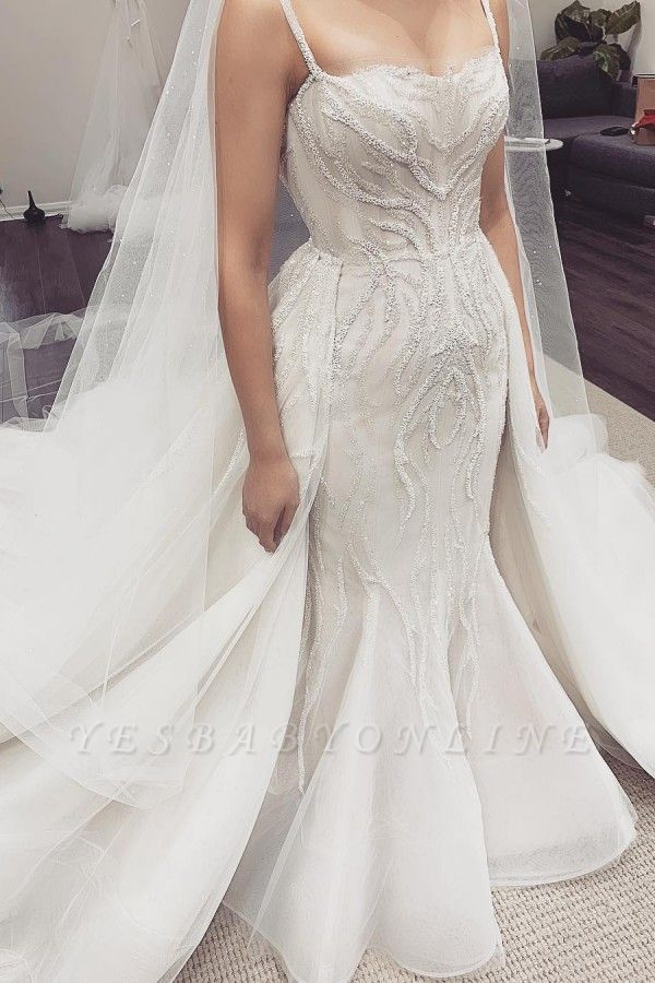 Spaghetti Straps Fit and Flare Wedding Dresses With Detachable Train