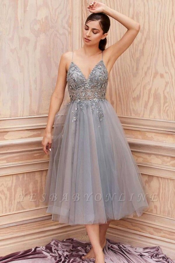 Lace Grey Prom Dresses Short Sleeveless V Neck Gowns