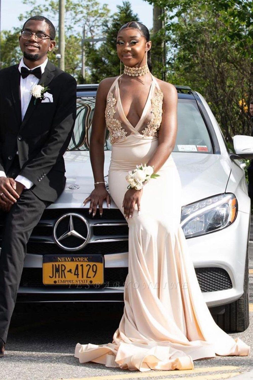 Halter Prom Dresses Deep V-Neck Appliques Mermaid Evening Dresses