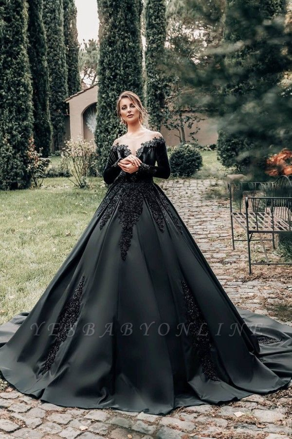 Princess Lace Appliques Black Wedding Dresses with sleeves