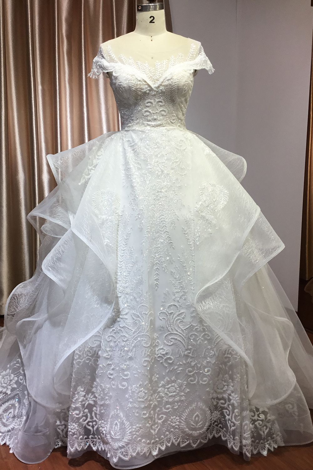 A-Line White Tulle Ruffles Beading Lace Wedding Dresses With Short Sleeves