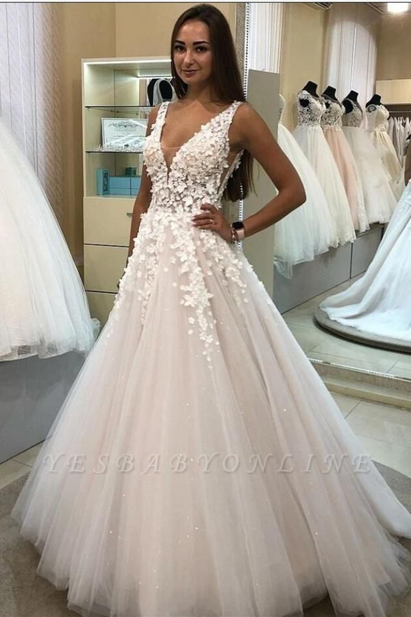 Glamorous Sleeveless Tulle White Wedding Dresses With Lace Appliques