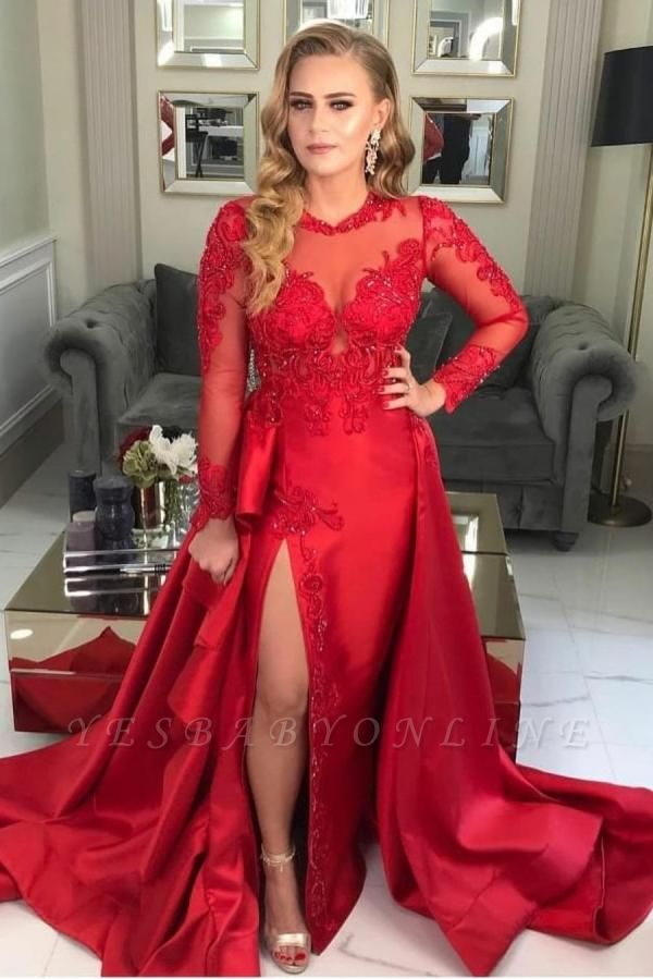 Luxury Front-Split Ruby Ruffles Prom Dresses With Long Sleeves
