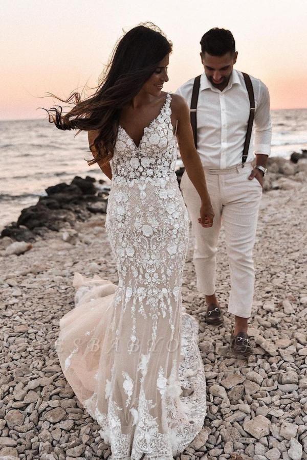 Elegant Spaghetti Straps White Tulle Mermaid Wedding Dresses With Lace