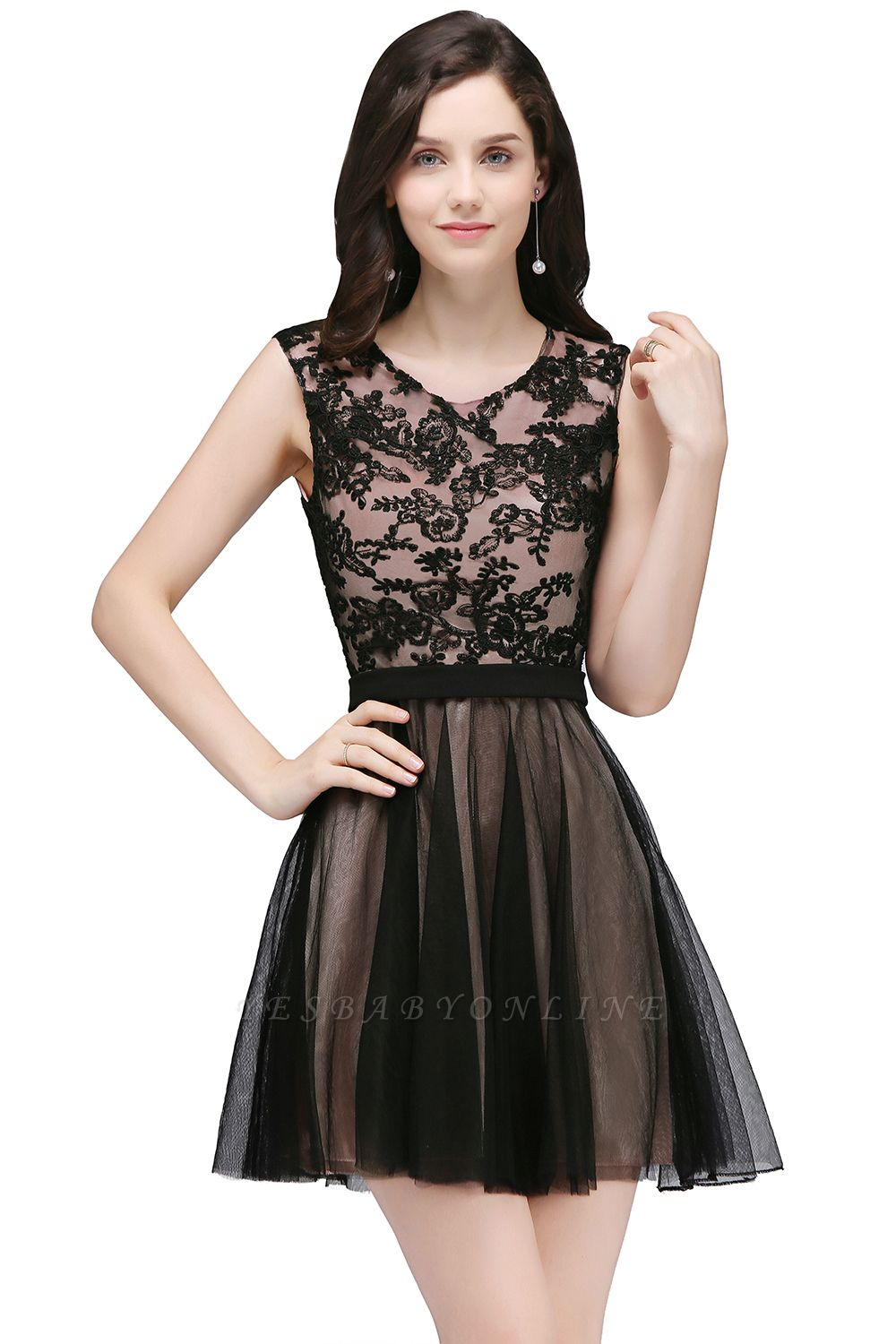 Cheap Short Lace Appliques Tulle Sleeveless Prom Dress in Stock