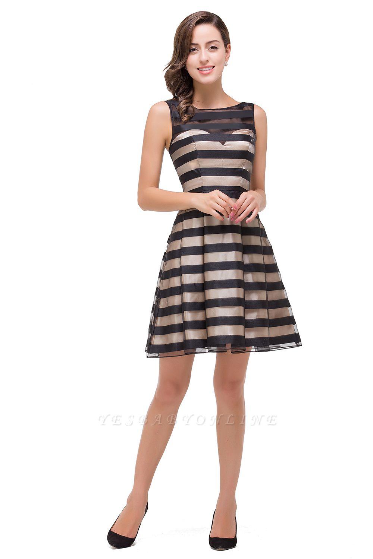 A-line Scoop Sleeveless Short Tulle Prom Dresses