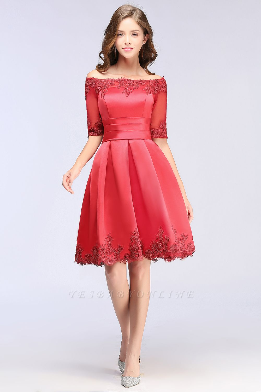 Cheap Chic Half Sleeve Lace-up Off-shoulder Lace Appliques Short Prom Dress in Stock