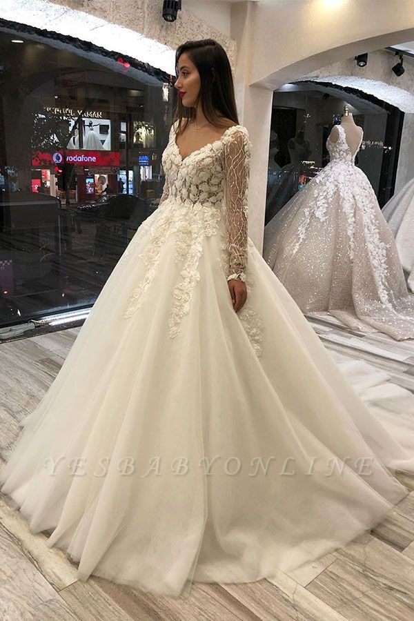 Luxurious Sweetheart V Back Long Sleeve Applique Floral Ball Gown Puffy Wedding Dresses