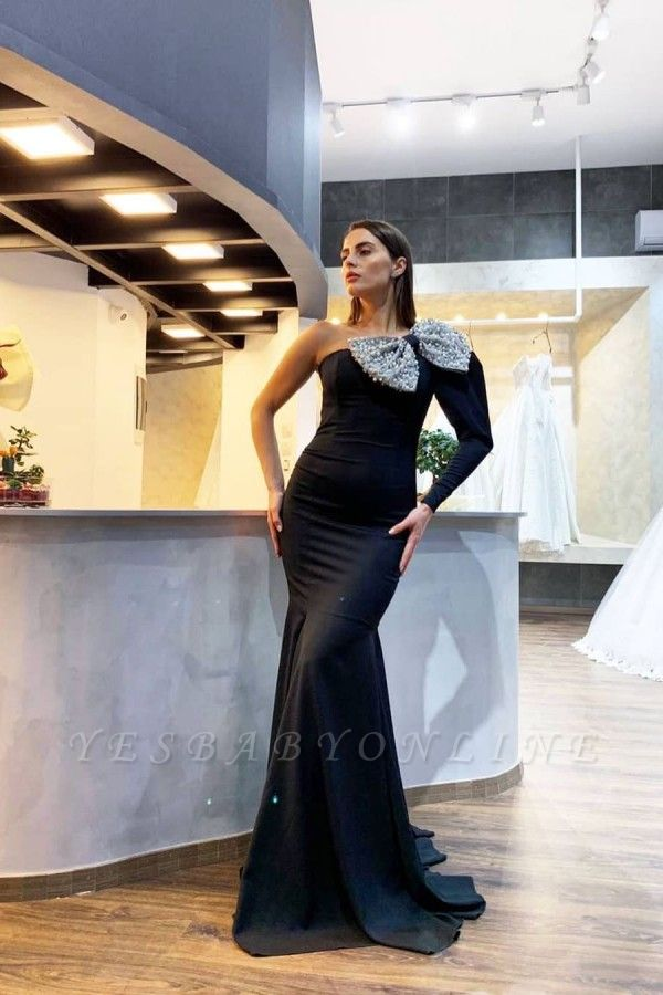 Black Sexy One Shoulder Long Sleeve Pearls Fitted Fit And Falre Mermaid Wedding Dress