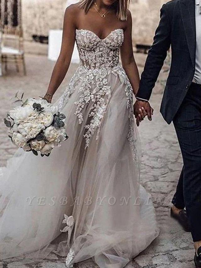 Glamorous Strapless Sweetheart Tulle Lace Sleeveless Wedding Dress with Beadings Online