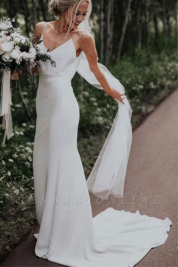 Sexy Spaghetti Strap V Neck Beach Sheath Wedding Dresses With Sweep Train