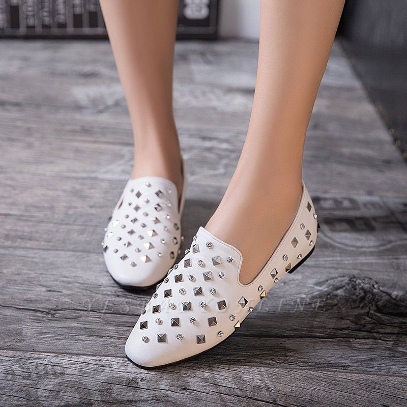 Rivet Daily Round Toe Chunky Heel Casual Loafers