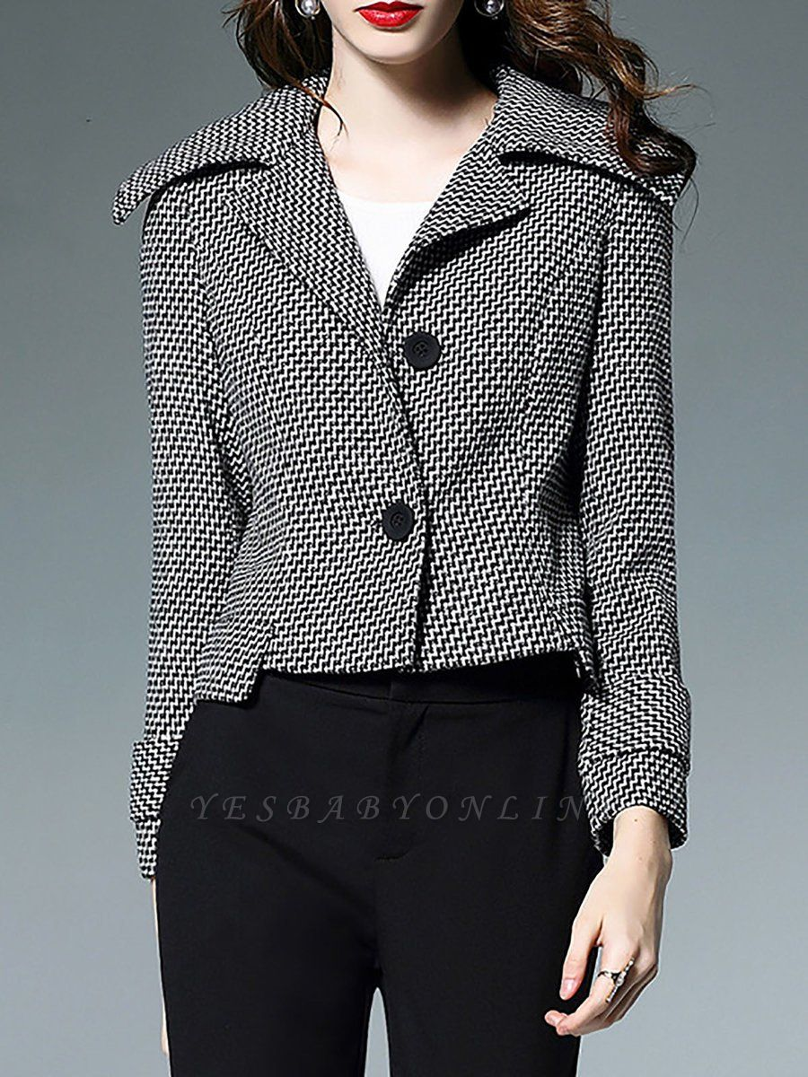 Black-white Buttoned Shift Lapel Elegant Coat