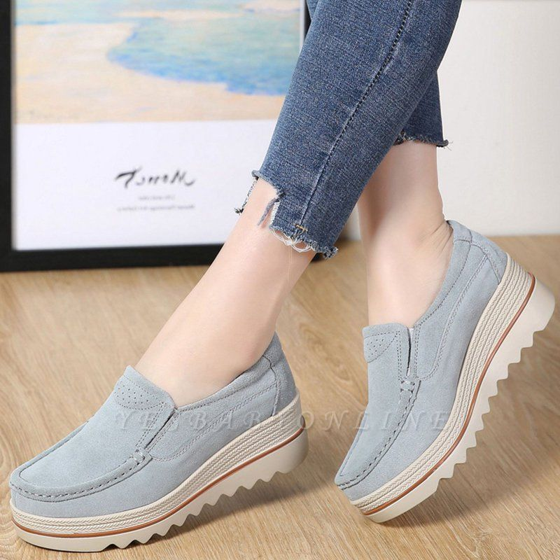 Casual Round Toe Leather Flat Heel Loafers