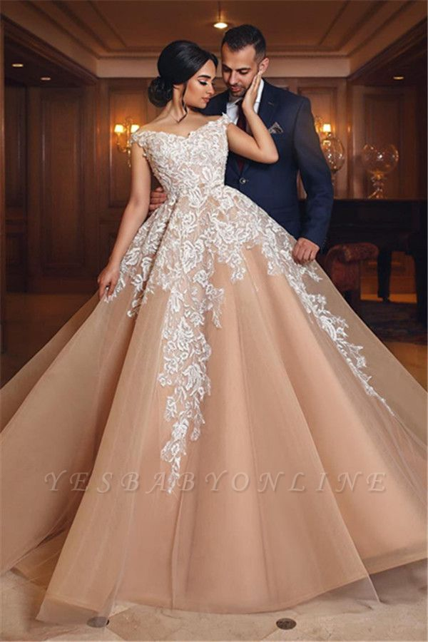 Appliques Tulle Lace A-Line Gorgeous Off-the-shoulder Wedding Gowns
